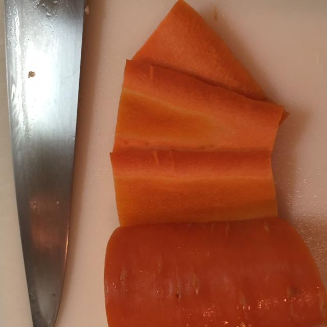 野菜を切る時、縦横の方向で味は変わる?切り方の基本!