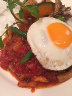 ハンバーグのトマト煮込みって?レストラン風に作ってみた!レシピやコツは?