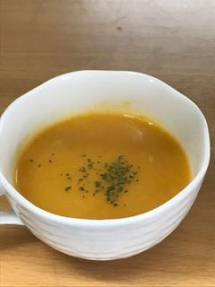 冬に飲みたい人参スープ?風邪の予防に利く?その栄養や効能は?