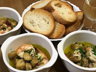 海老とマッシュルームのアヒージョは簡単で美味しい!作り方のポイントは?
