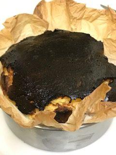 バスチ(バスク風チーズケーキ)を家で作るって簡単にできる、作り方や材料は?