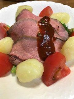 ローストビーフを家庭で簡単に作るには低温調理?牛肉のたたきと何が違うの?
